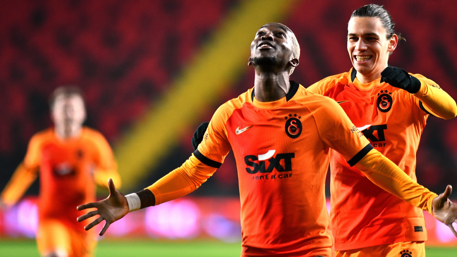 Onyekuru and Mohamed power Galatasaray past Ba's Istanbul Basaksehir