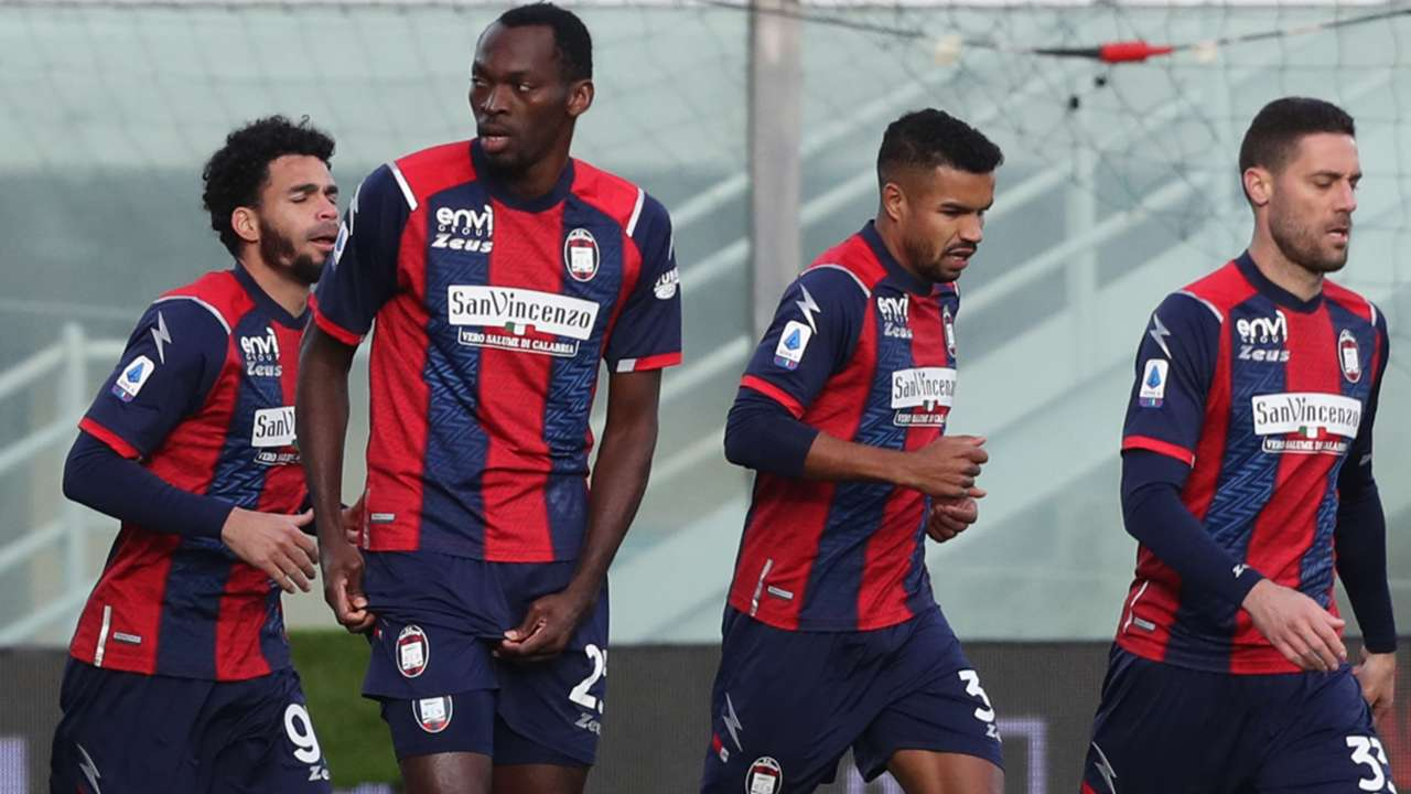 Simy Crotone Benevento Serie A