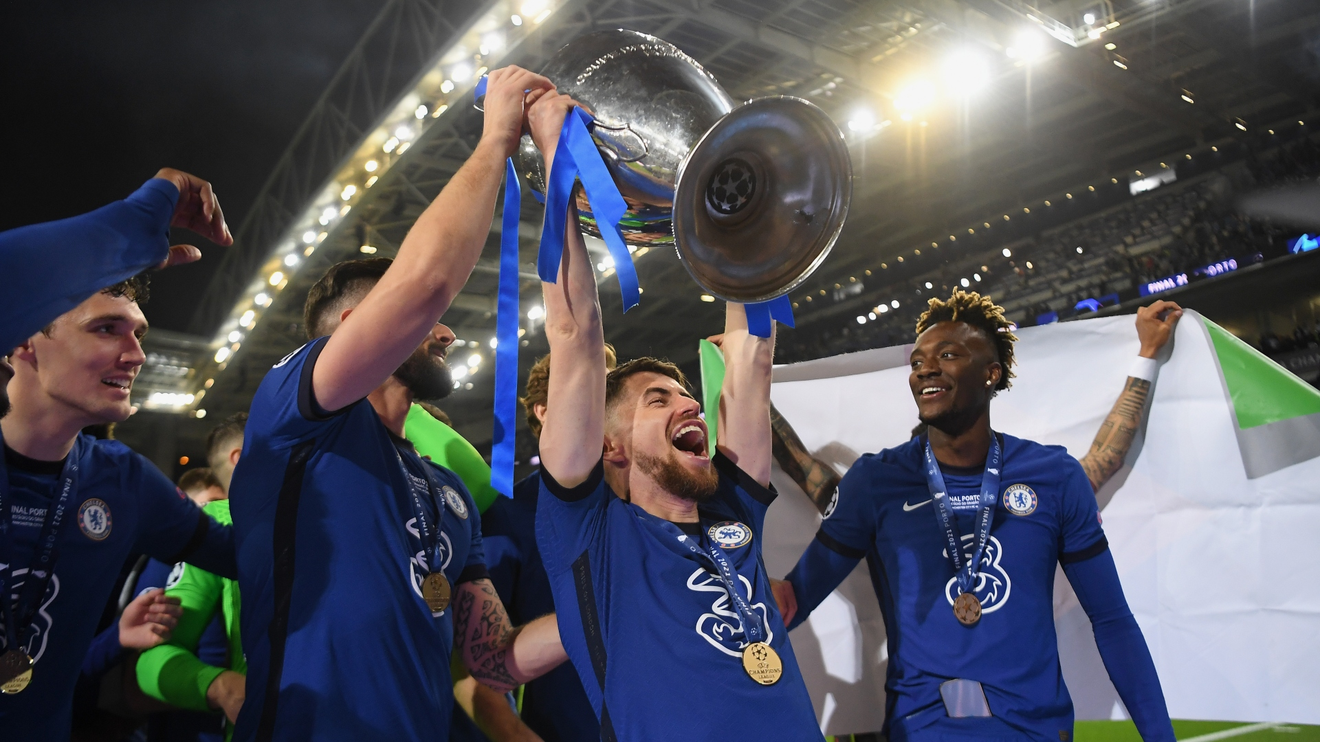 Jorginho reacts to talk of Lukaku returning to Chelsea as £98m deal is agreed