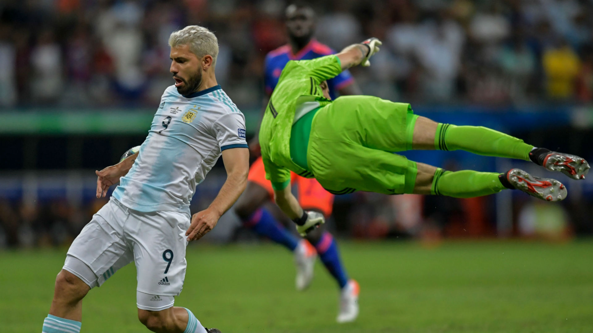 Sergio Aguero David Ospina Colombia Argentina Copa America 2019