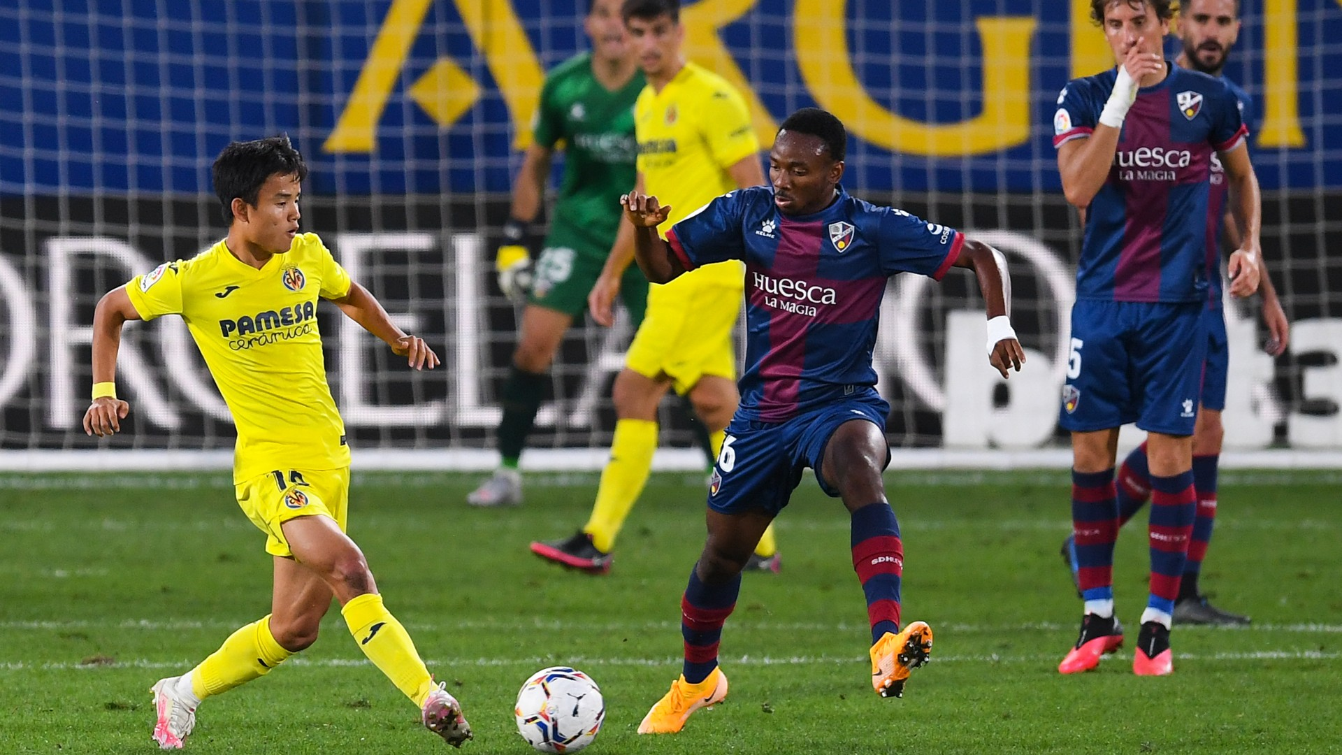 Kelechi Nwakali: Alcorcon sign Huesca midfielder on loan