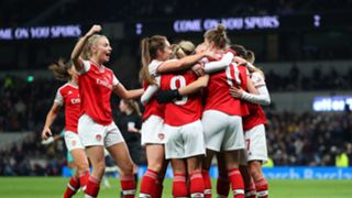 Arsenal Women celebrate 171120119