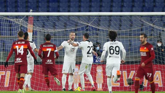 Roma thua sốc ở Coppa Italia
