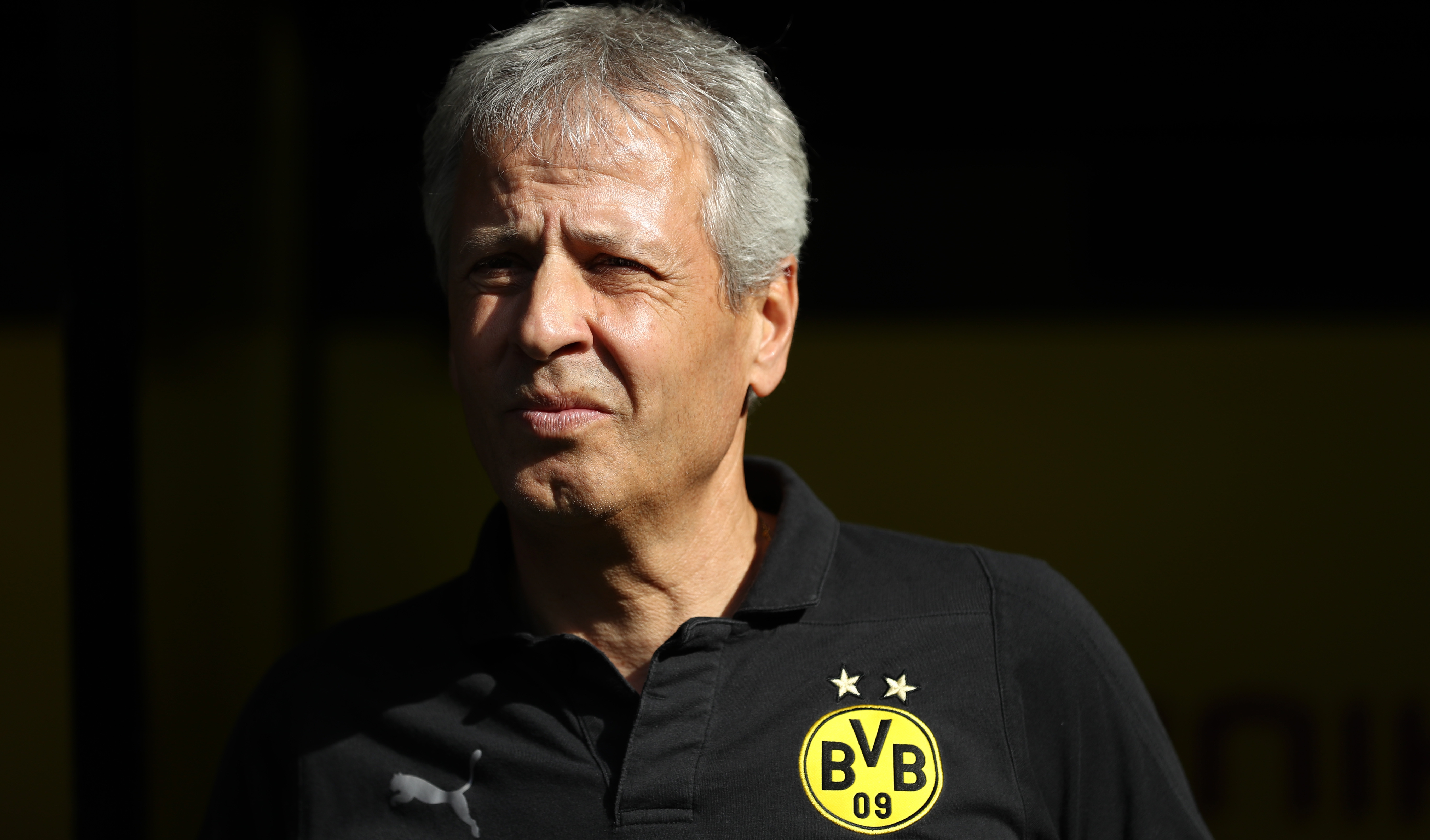 'I didn't see it' - Favre 'can't judge' Sancho shirt message