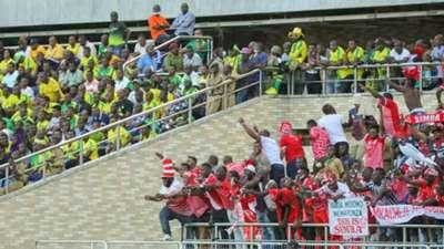 Simba SC vs Yanga SC fans.