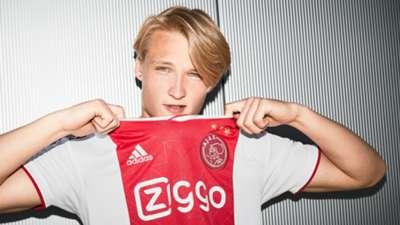 Ajax home kit 2018-19