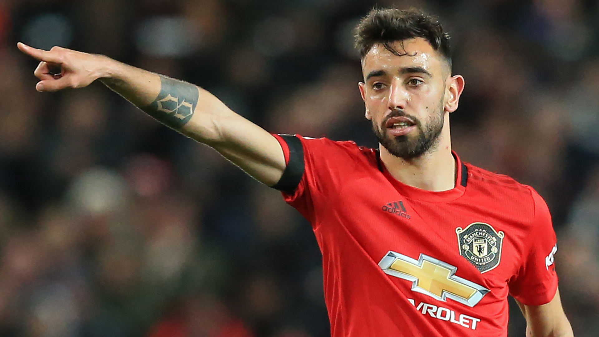 Man Utd told they may have got Bruno Fernandes for €20m amid ...