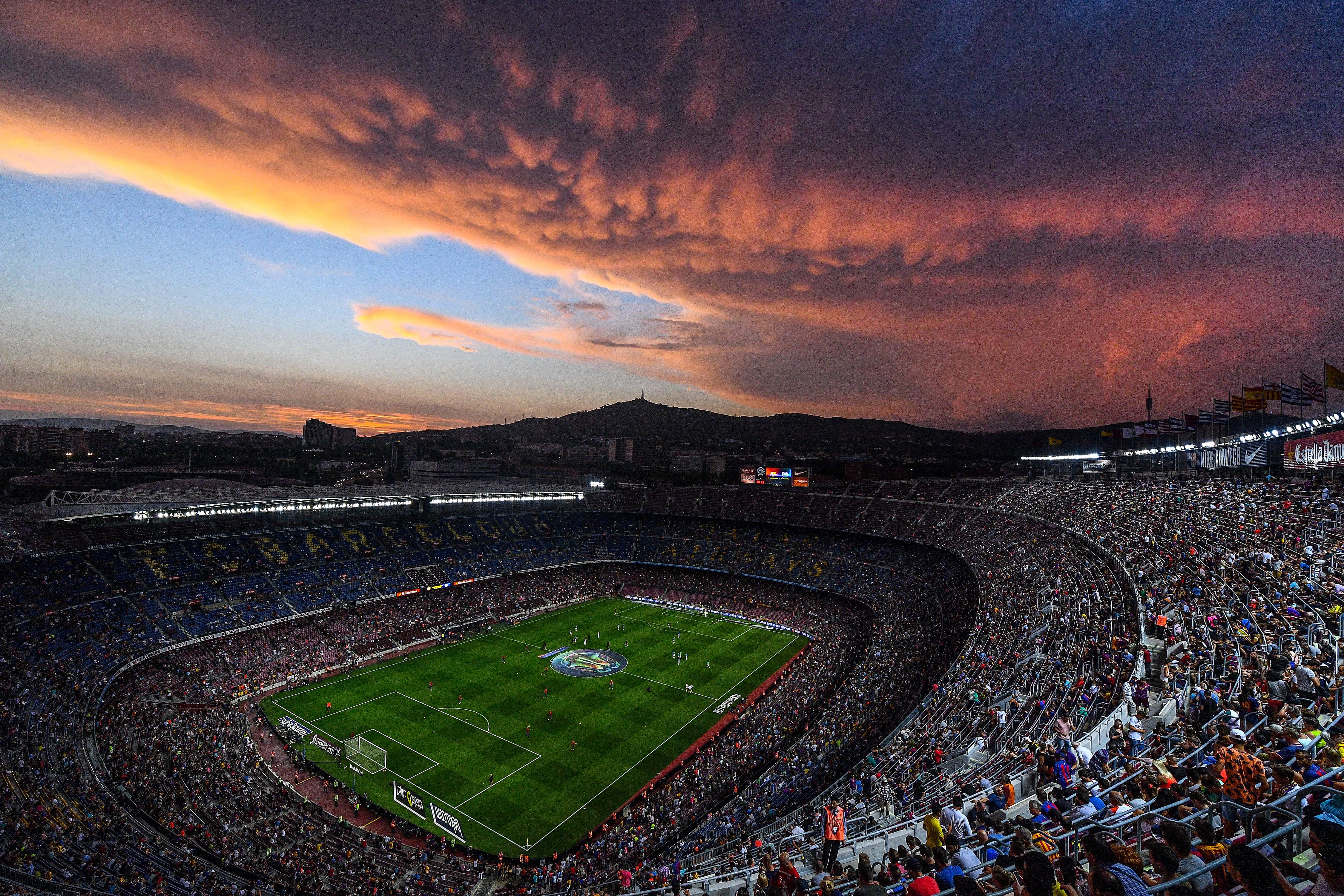 Camp Nou Ou Nou Camp Qual E O Verdadeiro Nome Do Estadio Do Barcelona Goal Com