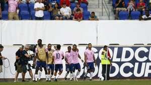 Selección de Bermudas 071019