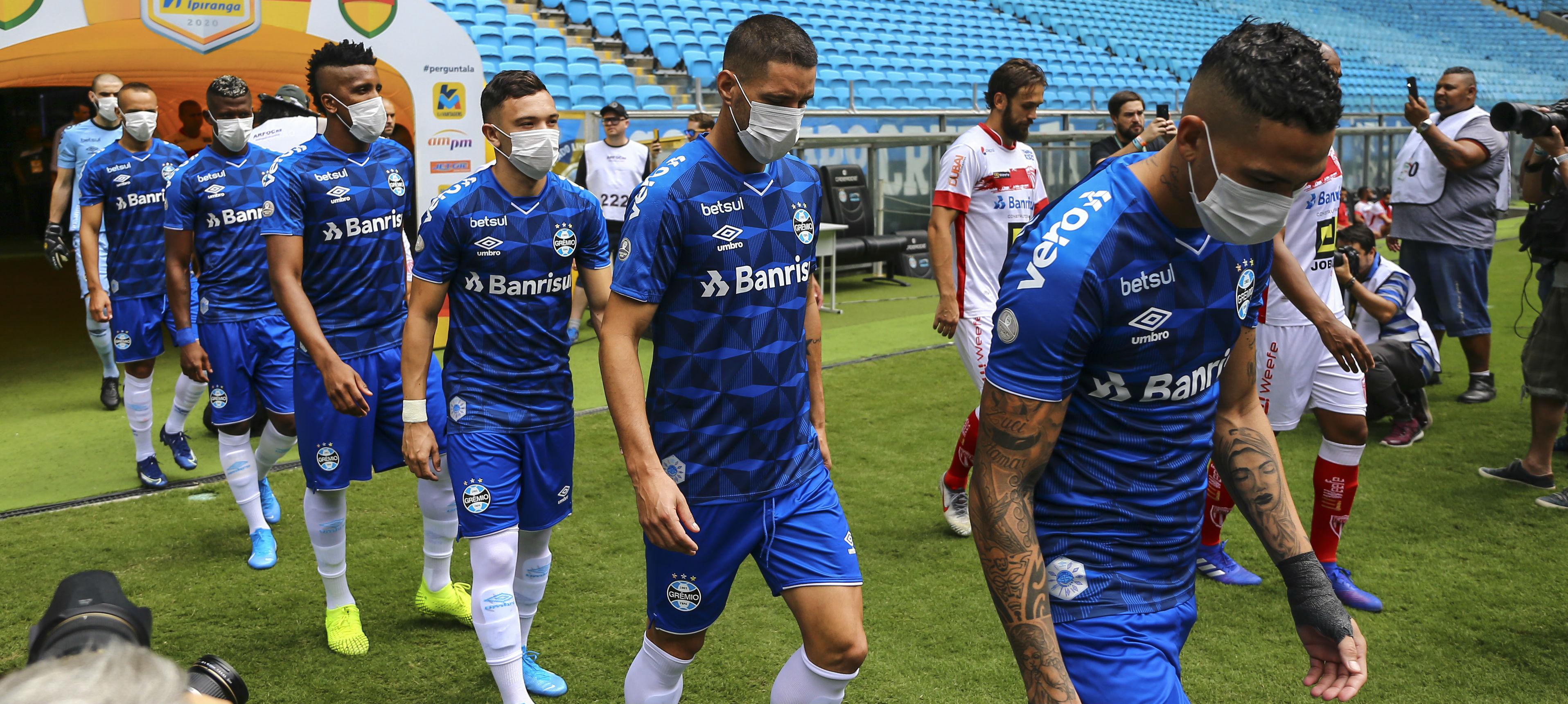 """Coronavirus, Gremio in campo con le mascherine: """"Non ci tutelano ..."""