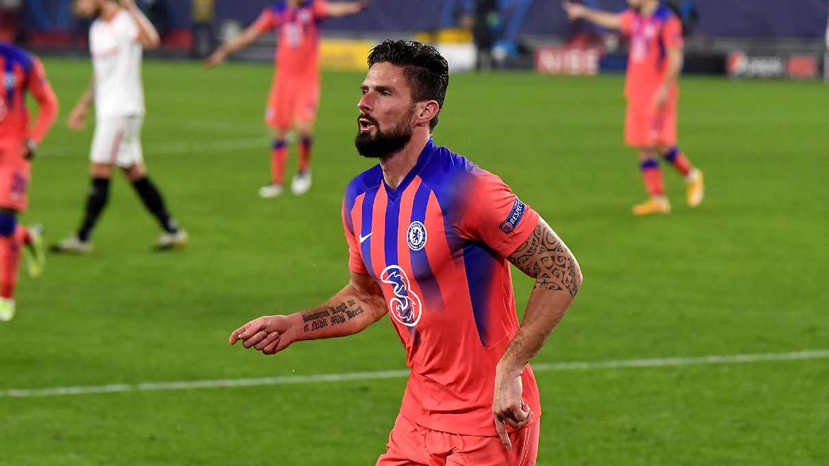 Chelsea striker Giroud could be handy for Juventus, says Pirlo