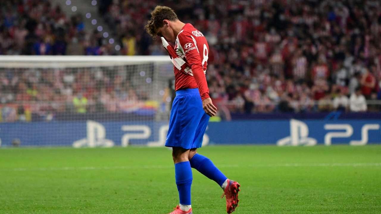 Antoine Griezmann red card 2021