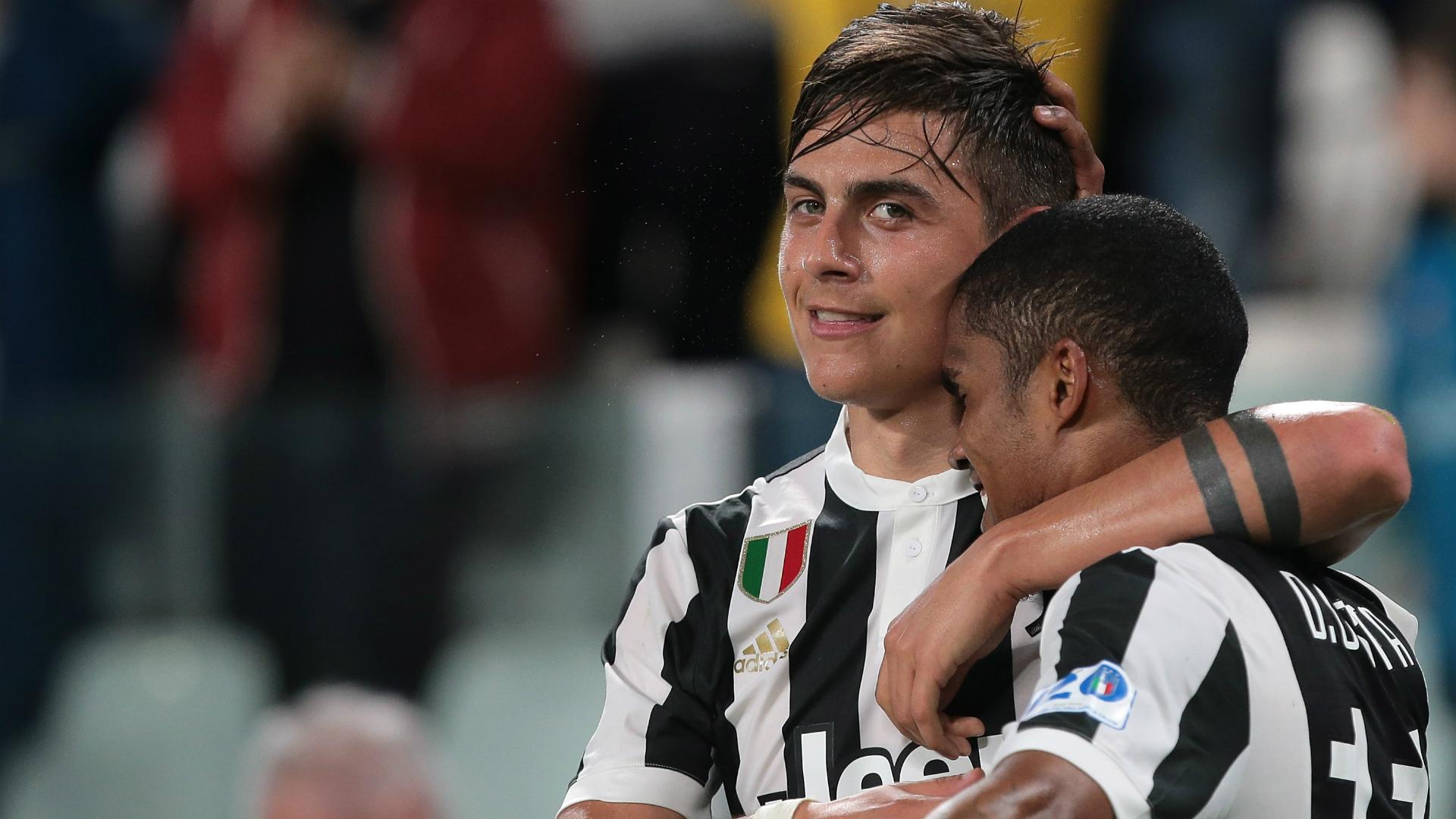 """Juventus - Douglas Costa : """"Le meilleur joueur de l'équipe, c'est Dybala"""""""