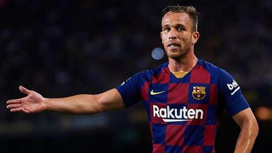 HY HỮU: Đến sân cổ vũ Barca, Arthur bất ngờ bị... đuổi về | Goal.com