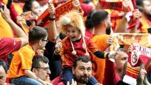 Galatasaray fans 04052019