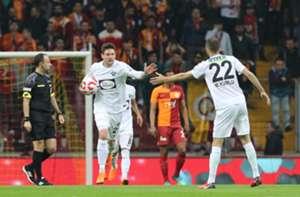 Yevhen Seleznyov Mustafa Yumlu Galatasaray Akhisarspor 04/18/18