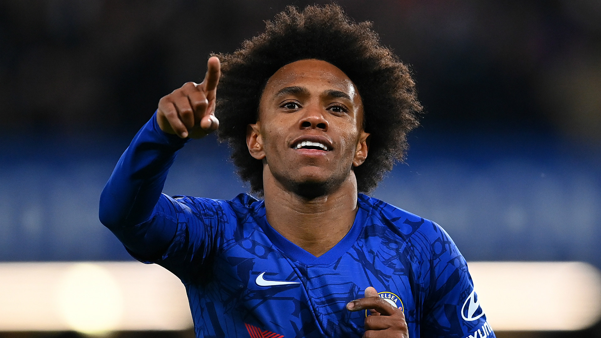 Willian would sign three-year Chelsea deal 'tomorrow' as he heads towards free agency