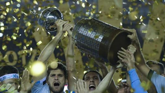 Walter Kannemann Geromel Gremio campeao Copa Libertadores 29112017