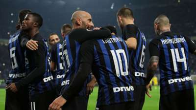 Inter players celebrating Inter Frosinone Serie A