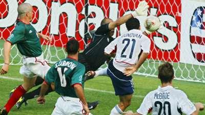Landon Donovan USA Mexico 06172002