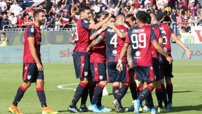 Nainggolan - Cagliari celebrating