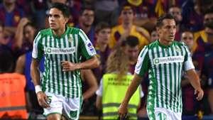 Marc Bartra Andres Guardado Barcelona Betis LaLiga 25082019