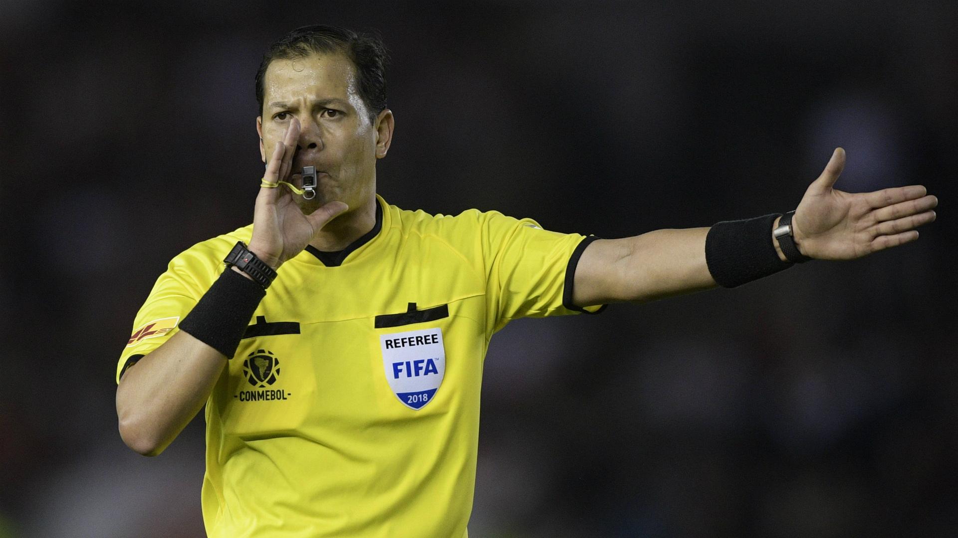 Quién es Víctor Carrillo, el árbitro de River - Cerro Porteño en la Copa Libertadores 2019   Goal.com