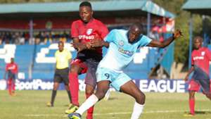 Aziz Okaka of AFC Leopards v Pistone Mutamba of Sofapaka.