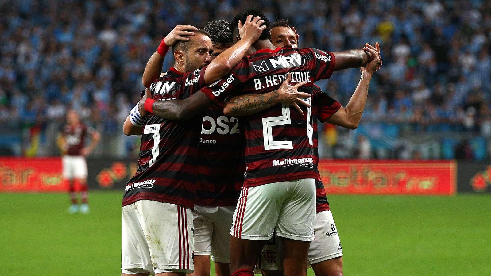 Rede Globo deve colocar o duelo entre Athletico-PR e Flamengo na internet