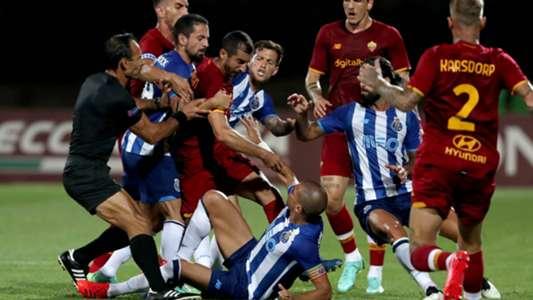 Pepe und Henrikh Mkhitaryan geraten aneinander: Heftige Auseinandersetzung beim Testspiel zwischen dem FC Porto und der AS Rom | Goal.com