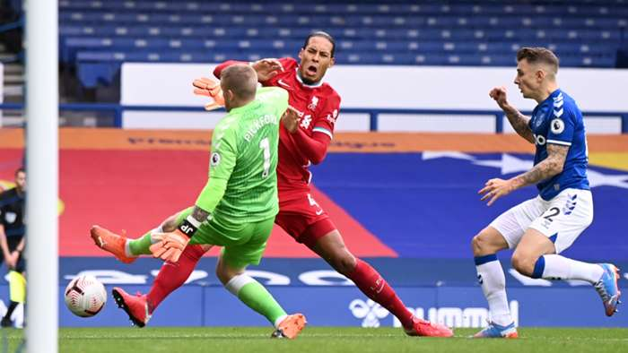 Virgil van Dijk Jordan Pickford Everton Liverpool 2020-21