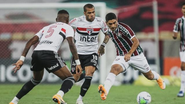 Fluminense 1 x 2 São Paulo: Brenner marca dois, e SPFC amplia vantagem na  liderança do Brasileirão | Goal.com