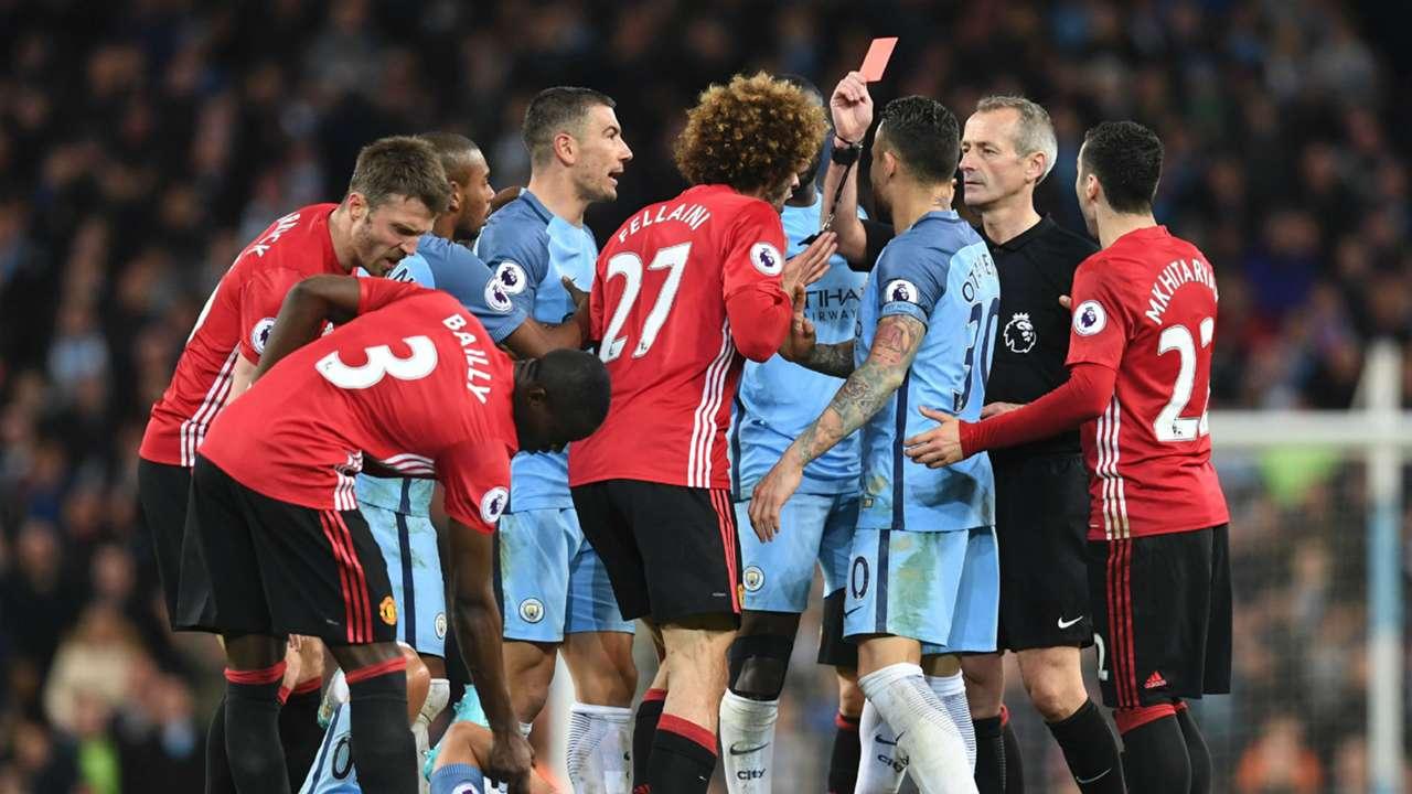 Marouane Fellaini headbutt red card Manchester United Manchester City