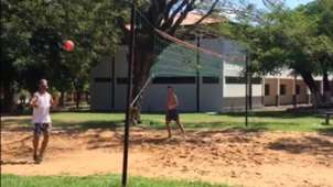 Ronaldinho-futevôlei-Paraguai