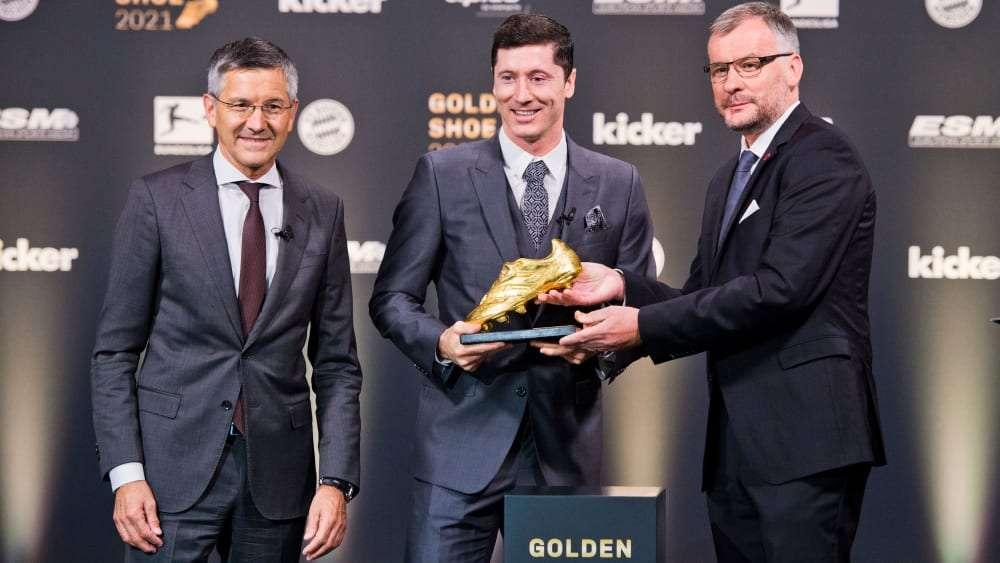 Lewandowski átvette az Aranycipőt | Goal.com