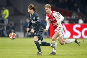 Luka Modric, Frenkie de Jong, Ajax vs Real Madrid
