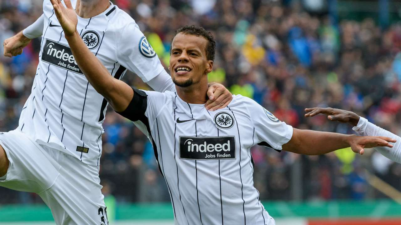 Timothy Chandler Eintracht Frankfurt DFB Pokal