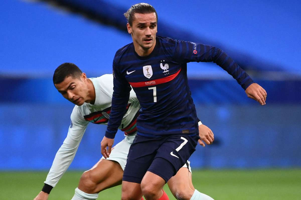 Griezmann Is Not A Number 10 Deschamps Slammed For Playing France Star Out Of Position In Portugal Stalemate Goal Com