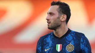 Hakan Calhanoglu Inter 2021-22