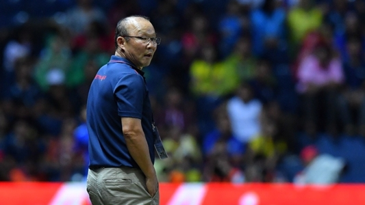 Trợ lý HLV Thái Lan có thể phải nhận án phạt nặng vì mỉa mai HLV Park | Goal.com