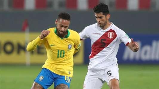 (Peru 2-4 Brazil) Chói sáng với hat-trick, Neymar vượt cột mốc của Ronaldo 'béo'