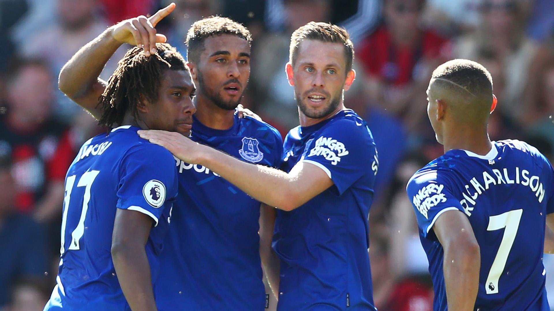 Ex-Everton captain Leon praises Davies and Gomes for West Ham win