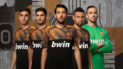 Valencia away kit 2019-20