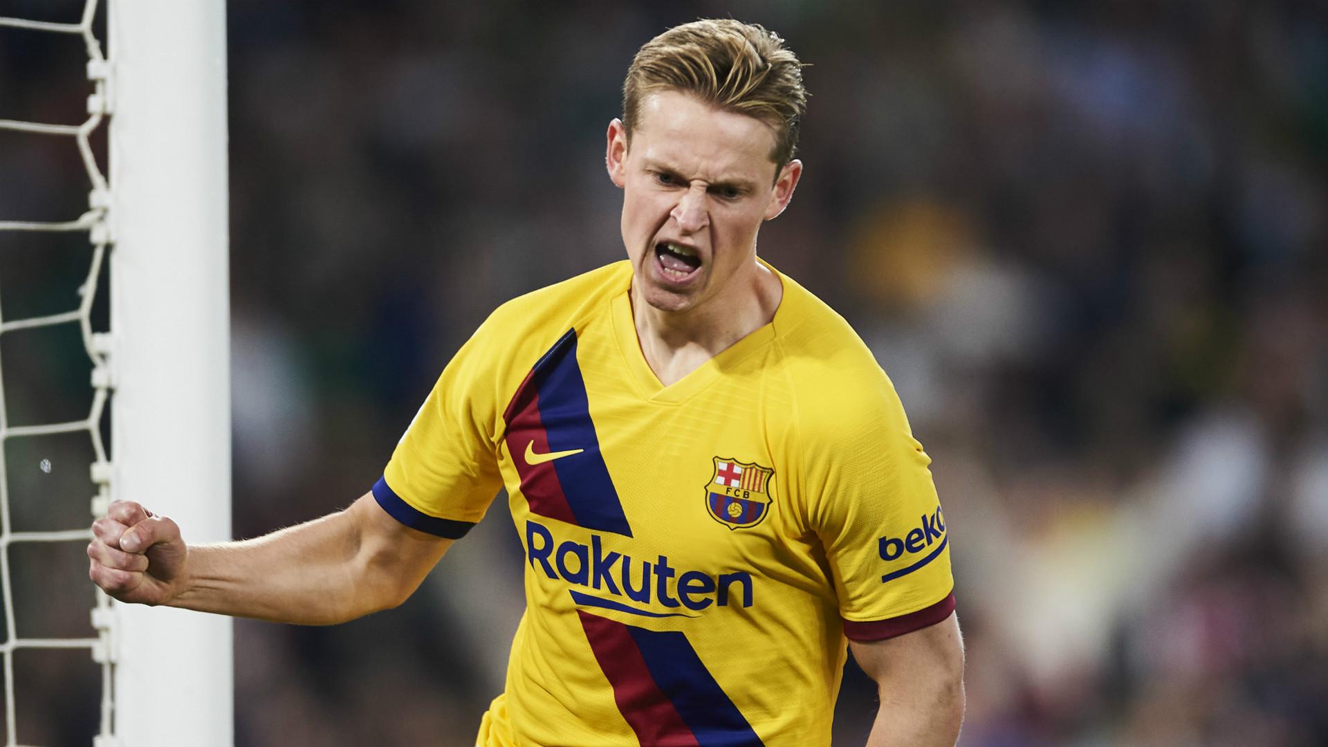 Barcelona's use of De Jong questioned by Netherlands boss Koeman