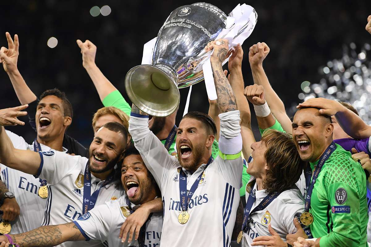 12++ Champions League Beker