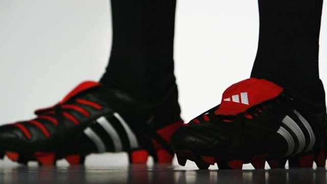 Tienda online grandes ofertas precio más bajo con Adidas Predator: Every edition of the world-famous boot ...