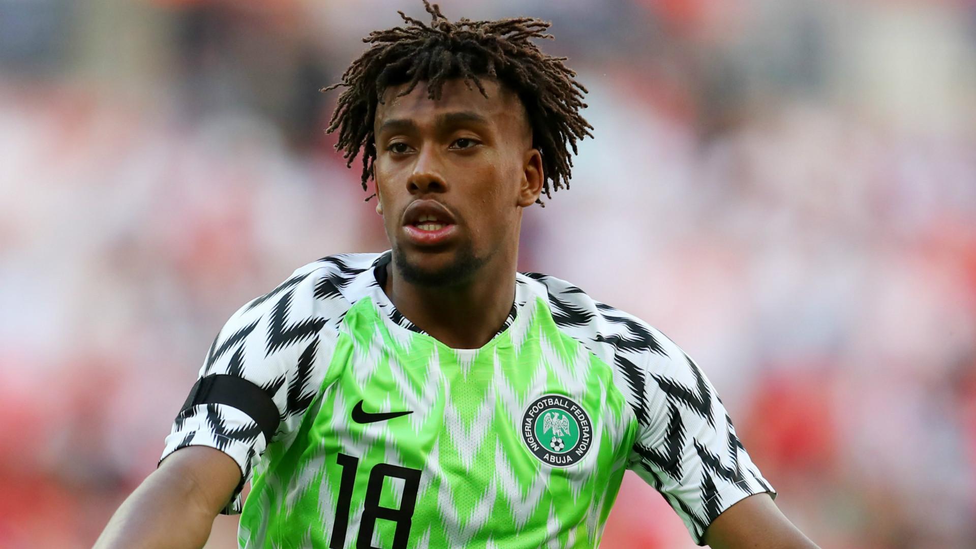 Arsenal news: 'Alex Iwobi is a star' - Kanu calls on fellow Nigerian to  believe in himself   Goal.com