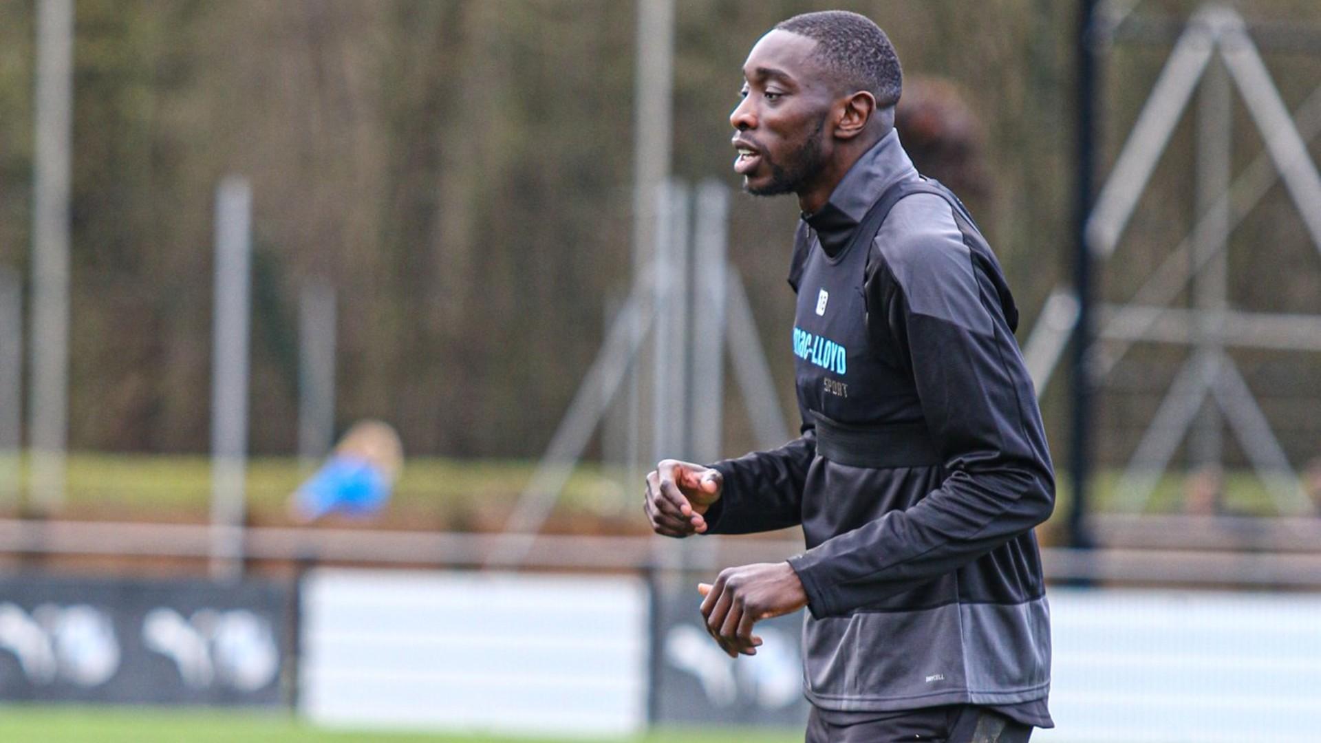 Sambou Yatabare: Malian midfielder joins Amiens SC