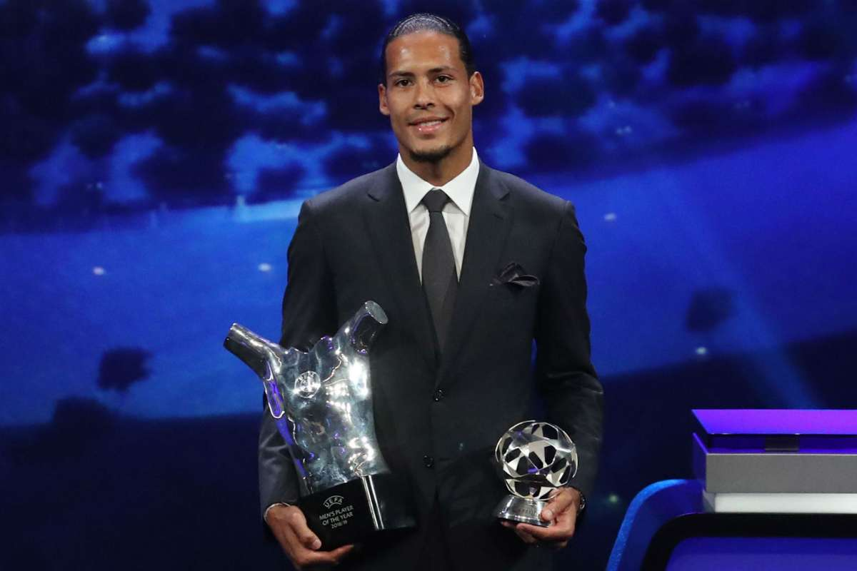 Virgil Van Dijk Wins Uefa Player Of The Year Defender S Victory Is A Prize For All Liverpool Players Says Klopp Goal Com
