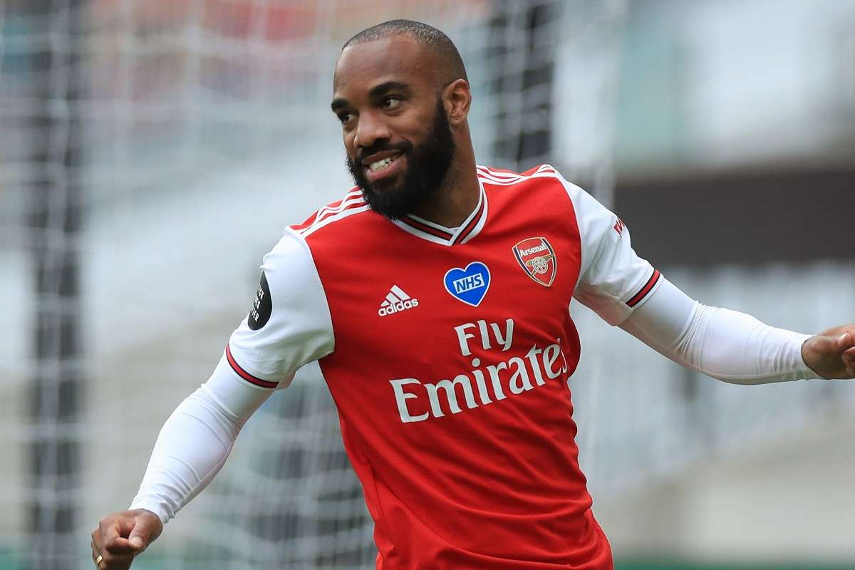 Lacazette pledges future to Arsenal amid Juventus links, saying: Something  is happening under Arteta | Goal.com
